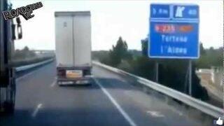 ROAD CAR CRASH - VIDEO COMPILATION - #8