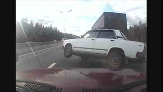 Ciężarówka wyszczerbienia samochód