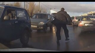 Russian Road Rage and Accidents February 2013