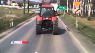 Beztroski traktorzysta na dk46