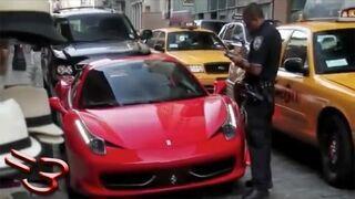 Dupek w Ferrari w NYC