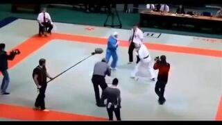 Sędzia pobił zawodników karate