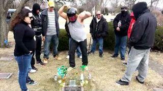Harlem Shake na cmentarzu