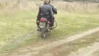 Rosjanie na motorze
