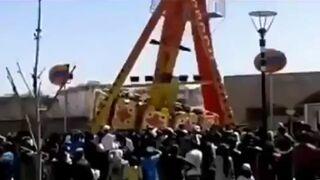 Człowiek spada z karuzeli w Uzbekistanie