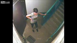 Reakcja sąsiadów na założenie kamerki na klatce