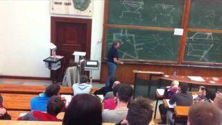 Śpiewający wykładowca geometrii wykreślnej