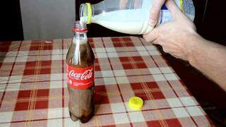 CocaCola zmiesza z mlekiem - obserwuj reakcje