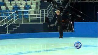 Evgeni Plushenko Spectacular Pirouette - Sochi 2014