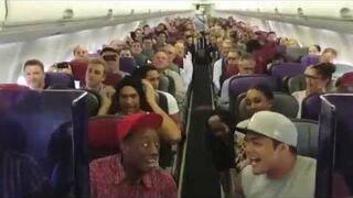 """Cały samolot śpiewa """"Króla Lwa"""""""