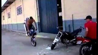 Kozackie parkowanie motocykla