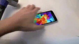 Samsung Galaxy S5 - Test na młotek i Wybuch baterii