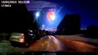 Rosjanie sfilmowali upadek asteroidy