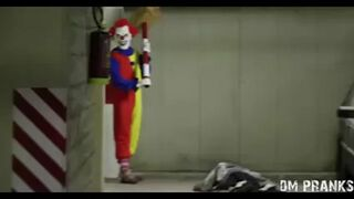 Żart z morderczym klaunem