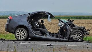 Car accidents. Car Accidents Compilation 2014