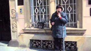 Niewidoma zaśpiewała na Wrocławskim rynku