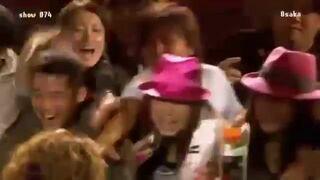 Na koncercie Beyonce fanka dostaje mikrofon. To był zły pomysł!