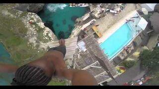 Jamajczyk skoczył do wody z 25 metrów