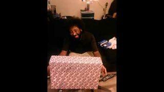 Dała wcześniej chłopakowi prezent