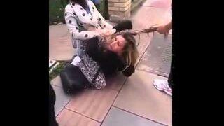 Atak na młodą dziewczynę, pobiły i obcięła jej włosy!