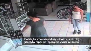 Wyniosła telewizor ze sklepu pod sukienką