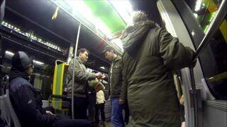 Zamówienie McDonald's w tramwaju! [żart]