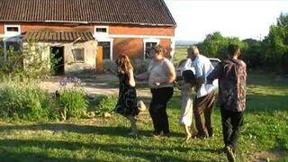 Gruba impreza na weselu