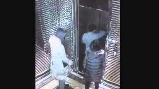 Tak się wsiada do windy. idiota!